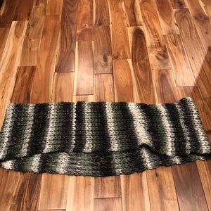 American Eagle Chunky knit infinity scarf